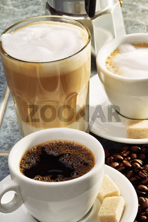 Drei verschiedene Kaffeezubereitungen