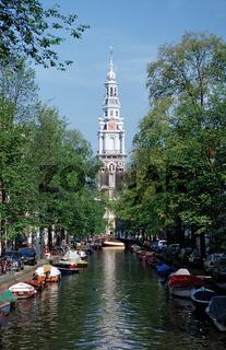 Kirche und Gracht, Niederlande, Holland, Amsterdam, Church and Gracht,The Netherlands