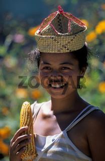 Madagaskar, Madagascar, bei der Maisernte