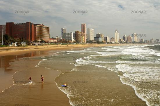 Sandstrand von Durban /Golden sands, Durban, RSA