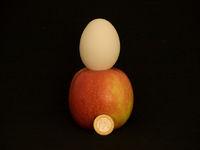 Inflation - Euro - für einen Apfel und ein Ei