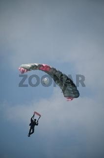 Fallschirmspringer 2