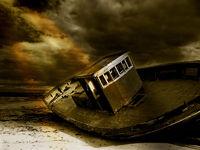 Verlassen liegt das Boot