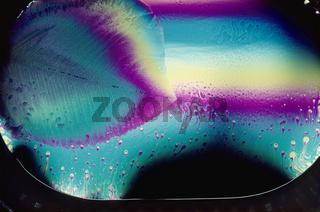 Kristallwachstum beim Eingefrieren einer Seifenbla