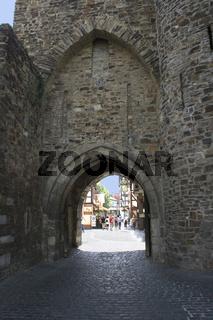 Ahrweiler - Stadttor und Wehranlage