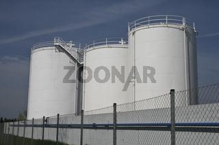 Oel Raffinerie