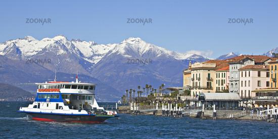 Fähre in Bellagio / ferry and Bellagi