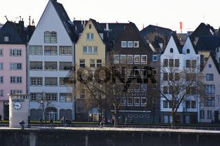 Köln - Altstadt und Pegelturm