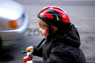 Kind im Strassenverkehr