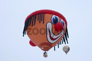 Heissluftballon, Château-d'Oex, Waadt, Schweiz