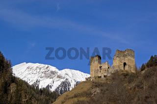 Engadin - Burg Tschanüff