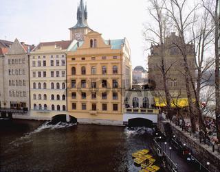 Czech Republic, Prague, buildings and Charles Bridge