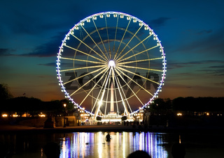 Ferris wheel and Seine