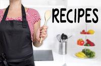 Recipes köchin hält kochlöffel hintergrund