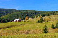 Kleinaupa und Bauden im Herbst im Riesengebirge - Mala Upa and mountain huts in autumn in Giant  Mountains, Bohemia