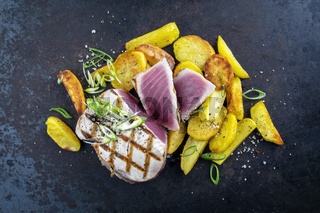Tuna Steak with Fried Potatoes