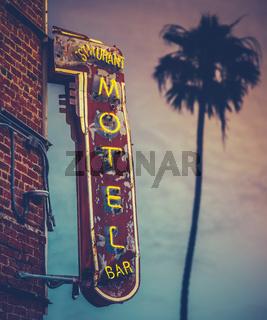 Sunset Palm Motel