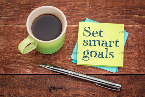 set smart goals - sticky note concept