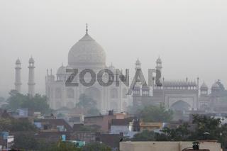 taj mahal, weltberuehmtes mausoleum in agra, indien, india