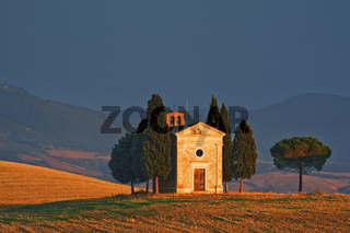 Kapelle, Val d'Orcia, Toskana, Italy