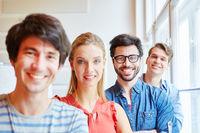 Studenten als erfolgreiche Geschäftsleute