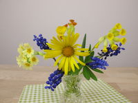 Small spring bouquet in vase