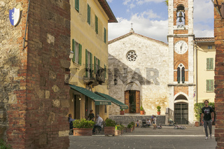 Stadt San Quirico d'Orcia, Toskana, Italien