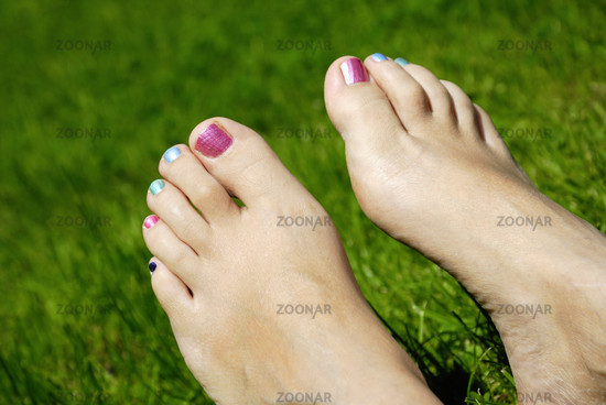 nacked woman feet