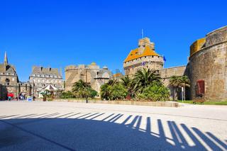 die Burg in Saint-Malo in der Bretagne, Frankreich - castle of Saint-Malo in Brittany, France