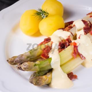 Roasted asparagus with ham