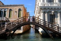 Wooden Bridge at Casa Rezzonico, Venise