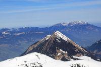 Stanserhorn und Pilatus Berg Schweiz Schweizer Alpen Berge Luftbild