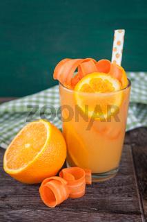 Orangen - Moehren - Saft