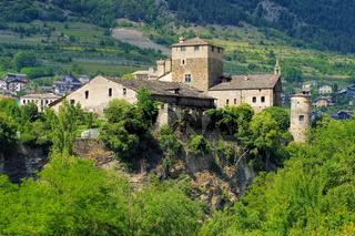 Saint-Pierre Sarriod de la Tour castle im Aostatal - Saint-Pierre Sarriod de la Tour in Aosta Valley, Italy