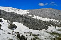 Neuschnee im Tal Val d'Entremont