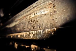 Schreibmaschinen Walze mit Aufschrift ddd