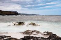 Die Küste des Atlantischen Ozeans auf Teneriffa