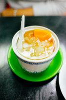 snow fungus dessert soup