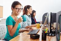 Kundenservice Team im Callcenter