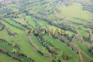Golfplatz von oben - Golf course from above