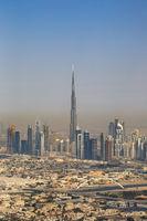 Dubai Burj Khalifa Hochhaus Downtown Textfreiraum Copyspace hochkant vertikal Luftaufnahme Luftbild