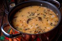 weihnachtliche Steinpilz-Walnuss Suppe