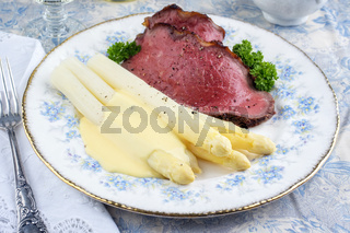 Roast Beef with White Asparagus