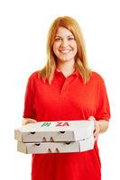 Frau als Pizzabote vom Pizzaservice