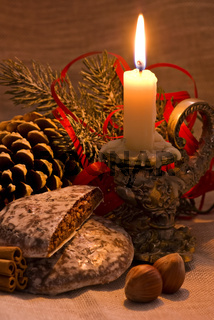 Christmas decoration with baroque candleholder and Christmas ginger bread