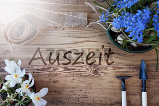 Sunny Spring Flowers, Auszeit Means Downtime