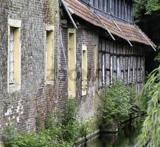 Backsteinfassade mit Fachwerk, Wasserschloss Senden, Münsterland, NRW