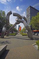 Skulptur  auf dem Tauentzien , Berlin, Deutschland