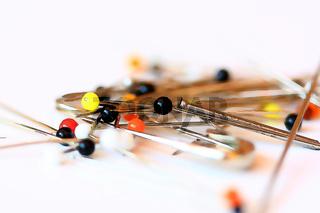 Nadeln und Stecknadeln