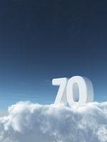 die zahl siebzig auf wolken - 3d rendering